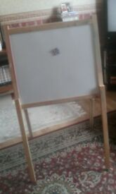 childs multi use easel Free