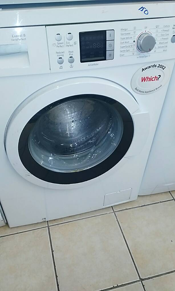 Digital Bosch Exxcel 8 Vario Perfect washing machine comes with 1 month GUARANTEE
