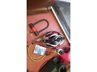 Heavy-duty bicycle lock,helmet,pump,computer,water bottle, £8 the lot,pos local delivery