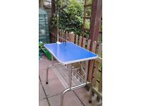 Dog Grooming Table. Hardly used very good condition.non slip top,folds flat for storage