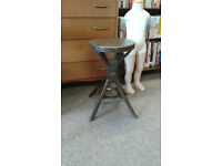 Vintage Evertaught Industrial work stool, original condition. This style has an all metal top.
