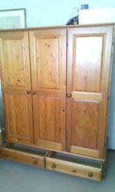 Solid wood Pine Wardrobe 3 door