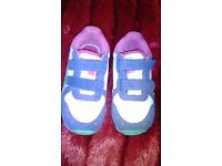 Very good condition childrens size 6 puma trainers