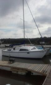 6 Berth catamaran. Excellent condition. Perfect for sailor or just liveaboard.