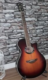 Yamaha APX500. 6 string guitar in sunburst