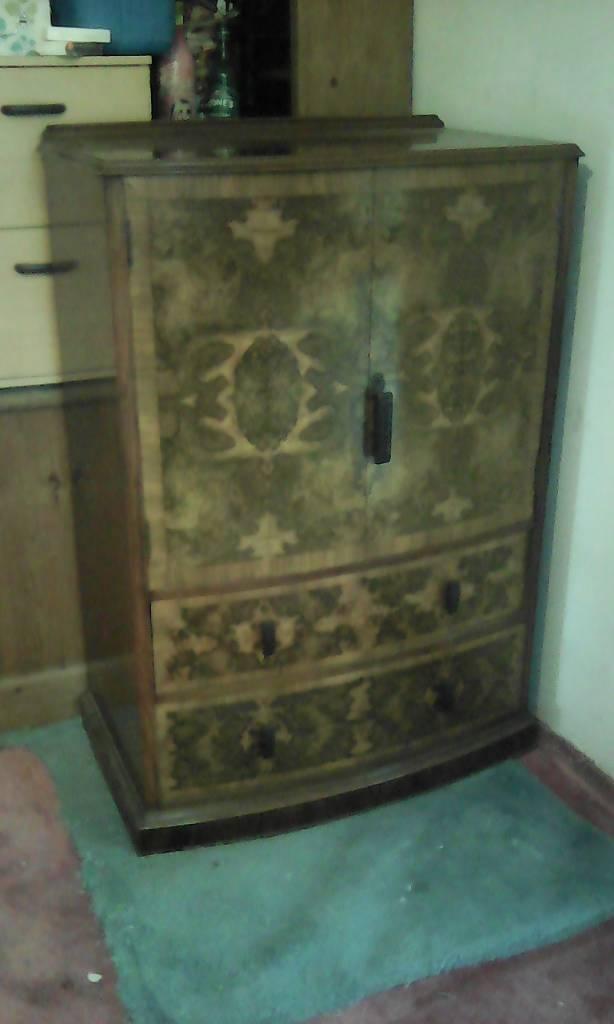 Cabinet wallnut?