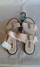 BNWT Primark Atmosphere White Sandals Size 6 (39)