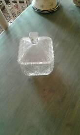 GLASS VINTAGE BON BON DISH