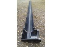 Osma 113 mm x 4m length black guttering with 90 degree corner join