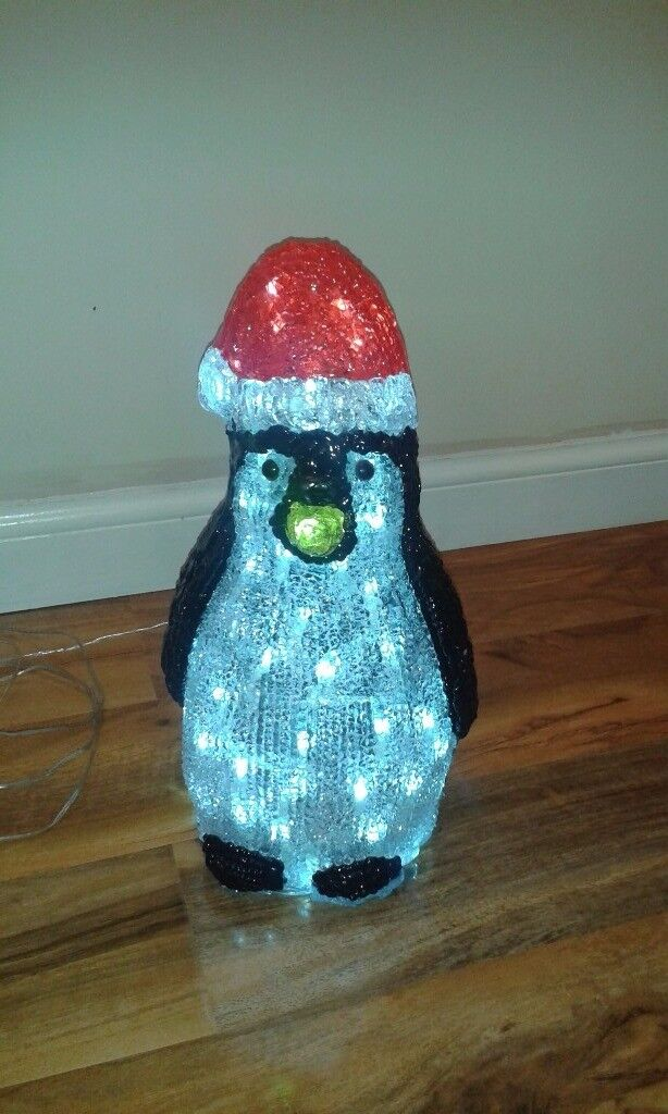 Light Up Penguin Christmas Decoration In Box As New