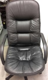 Black leather-look office swivel chair £10 collection from Twyford