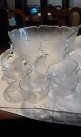 GLASS PUNCH BOWL WITH CUPS