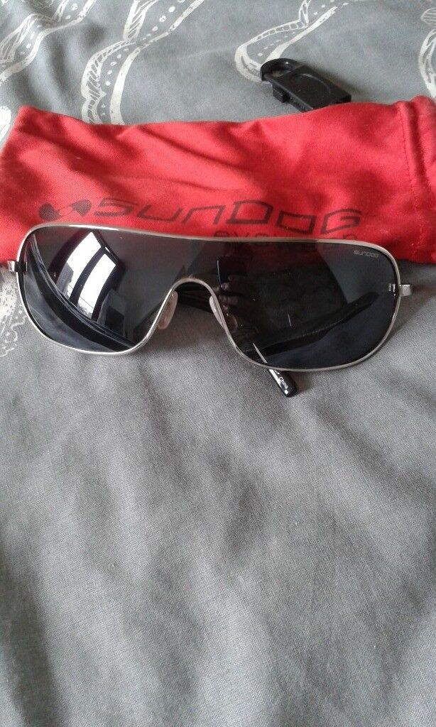 f4bfd2dd269 Sundog sunglasses with pouch