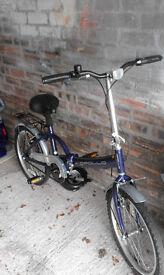 APOLLO unisex folding bicycle. Nearly new.