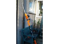 Extending hedge trimmer used only twice. Very good condition.
