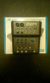 Alesis Multimix 4 USB FX