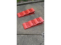 Caravan / motorhome levelling ramps. 3 level and high visibility.