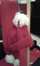 New hand knitted child's hat and scarf sets
