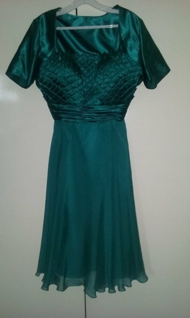 Prom Dress by Goyain Huntingdon, CambridgeshireGumtree - Prom dress by Goya size 14 pleated satin bodice with a chiffon skirt and satin underlay calf length matching bolero sea green colour worn once and then dry cleaned includes dress bag. £170.00 or near offer