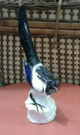 Vintage magpie figurine