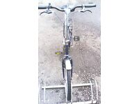 APOLLO FOLDING BIKE SINGLE SPEED 20 INCH WHEEL IN EXCELLENT CONDITION AVAILABLE FOR SALE