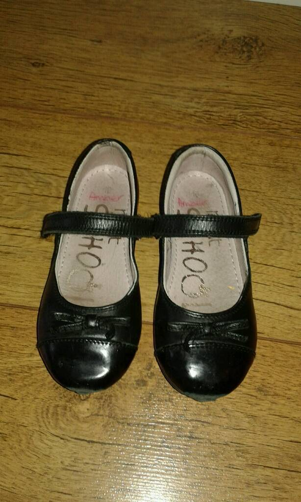 Girls school shoes, Size 10in Croydon, LondonGumtree - Used although still functional. Strap does up fine, no holes in the sole, but sole is worn and toe area scuffed (see pictures). Might be of use to someone. Collect from Beddington, Croydon