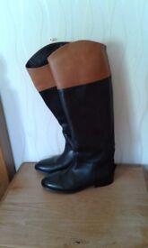 Ladies leather boots
