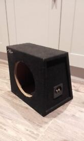 """Subwoofer Box - XL Series Carpeted 10"""" - Good Condition"""
