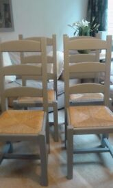 4 Stunning Farmhouse Dining Chairs