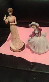 2 figurine ornaments