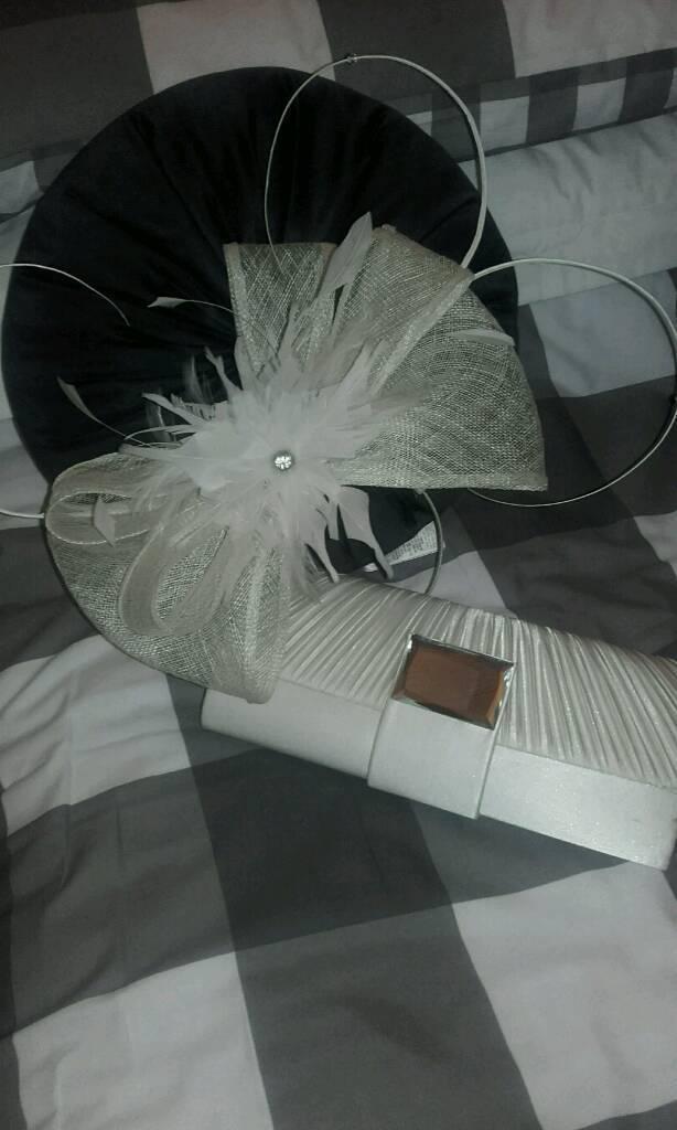 Cream Headpeice and Cluch bag