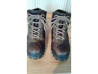 Men's Leather Walking Boots - Chris Brasher - Size 10