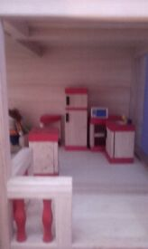 Pin toys wooden doll house complete with all accessories