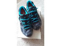 Merrell goretex walking shoes size 6