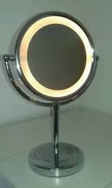 Make up magnifying mirror