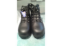 safety boots size 10