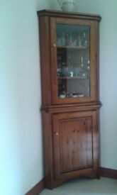 Corner Display/Drinks Cabinet