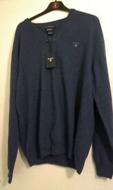 Real GANT dark blue v-neck jumper
