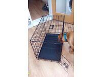 Medium folding dog crate