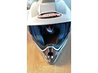 MOTOCROSS/MOTORBIKE HELMET