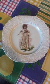 queen plate n antique plate with young girl on it great condition