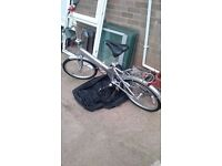 GIANT HALFWAY folding bike with carry bag almost new ideal xmas present