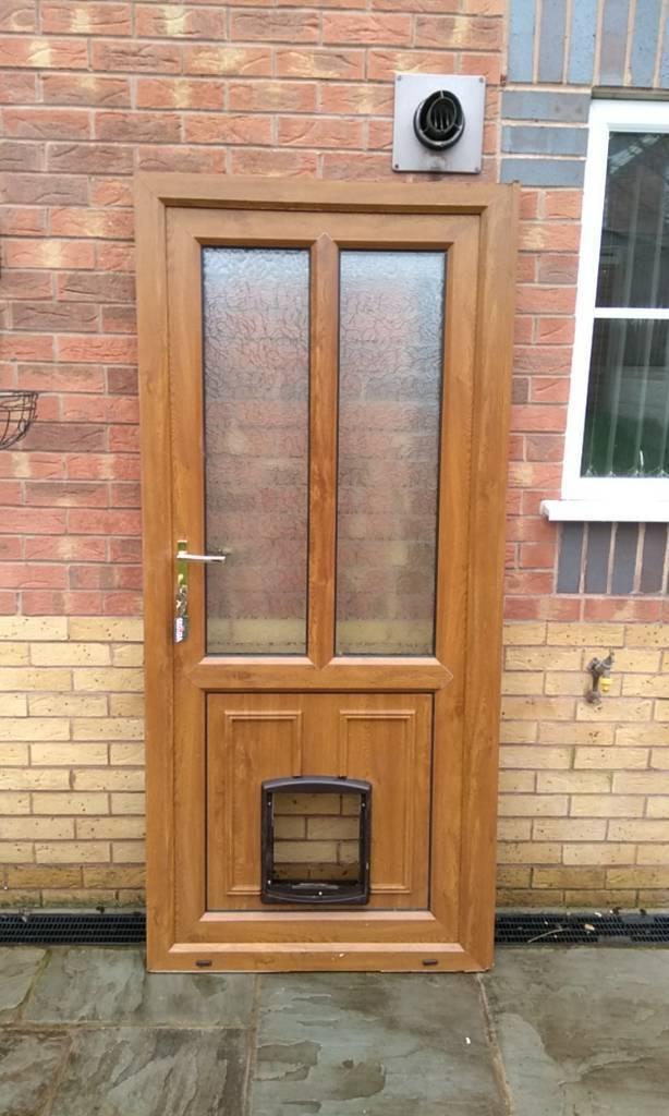 Light oak upvc door in kirkby in ashfield for Upvc french doors with top light