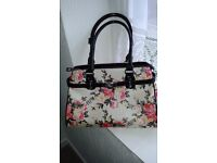 Cream/pink/black floral Move&Moda handbag 35cm x 24cm