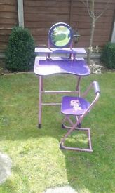 girls desk and chair