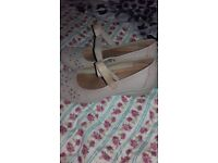 Ladies hotter shoes size 6