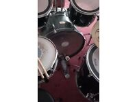 Pearl Drum Kit- great condition-snare,bass,3 toms, hihat, 2 symbols