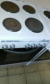 White hotplate electric cooker comes with 1 month GUARANTEE