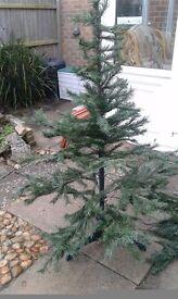 5 ft Christmas tree