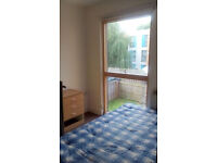 A large single room to let rent (£170 1st month). A Modern house On Rochdale Road harpurhey Moston
